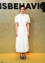 Keira Knightley In Chanel Haute Couture @  'Misbehaviour' World Premiere