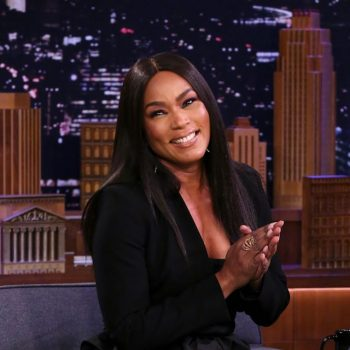 angela-bassett-in-max-mara-the-tonight-show-starring-jimmy-fallon