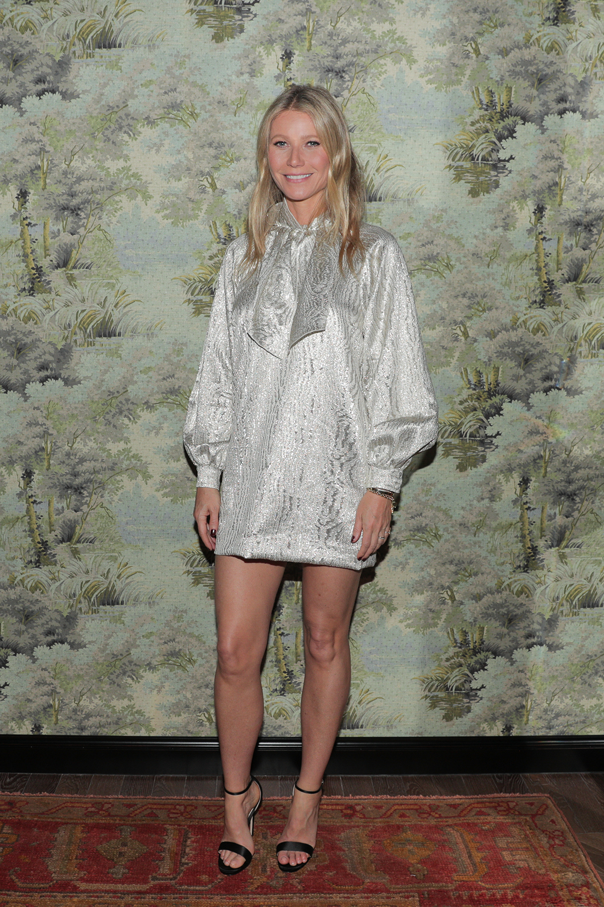 gwyneth-paltrow-attends-the-opening-of-gucci-osteria