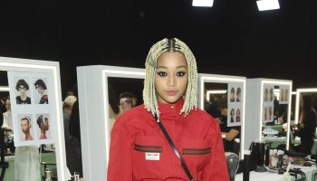 amandla-stenberg-backstage-gucci-milan-fashion-week-fall-winter-show