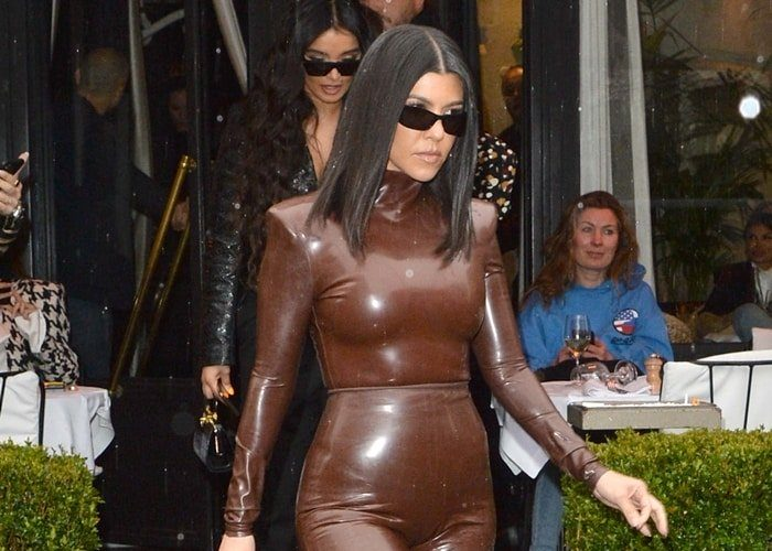kourtney-kardashian-in-balmain-latex-outfit-to-kanye-wests-church-service