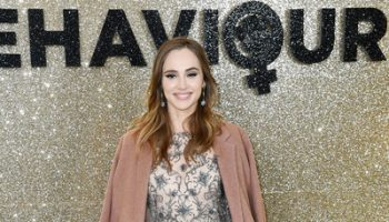 suki-waterhouse-in-reem-acra-misbehaviour-world-premiere