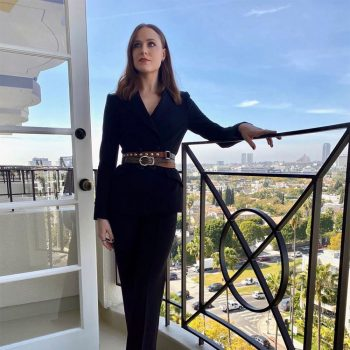 evan-rachel-wood-in-dorothee-schumacher-westworld-season-3-la-press-day