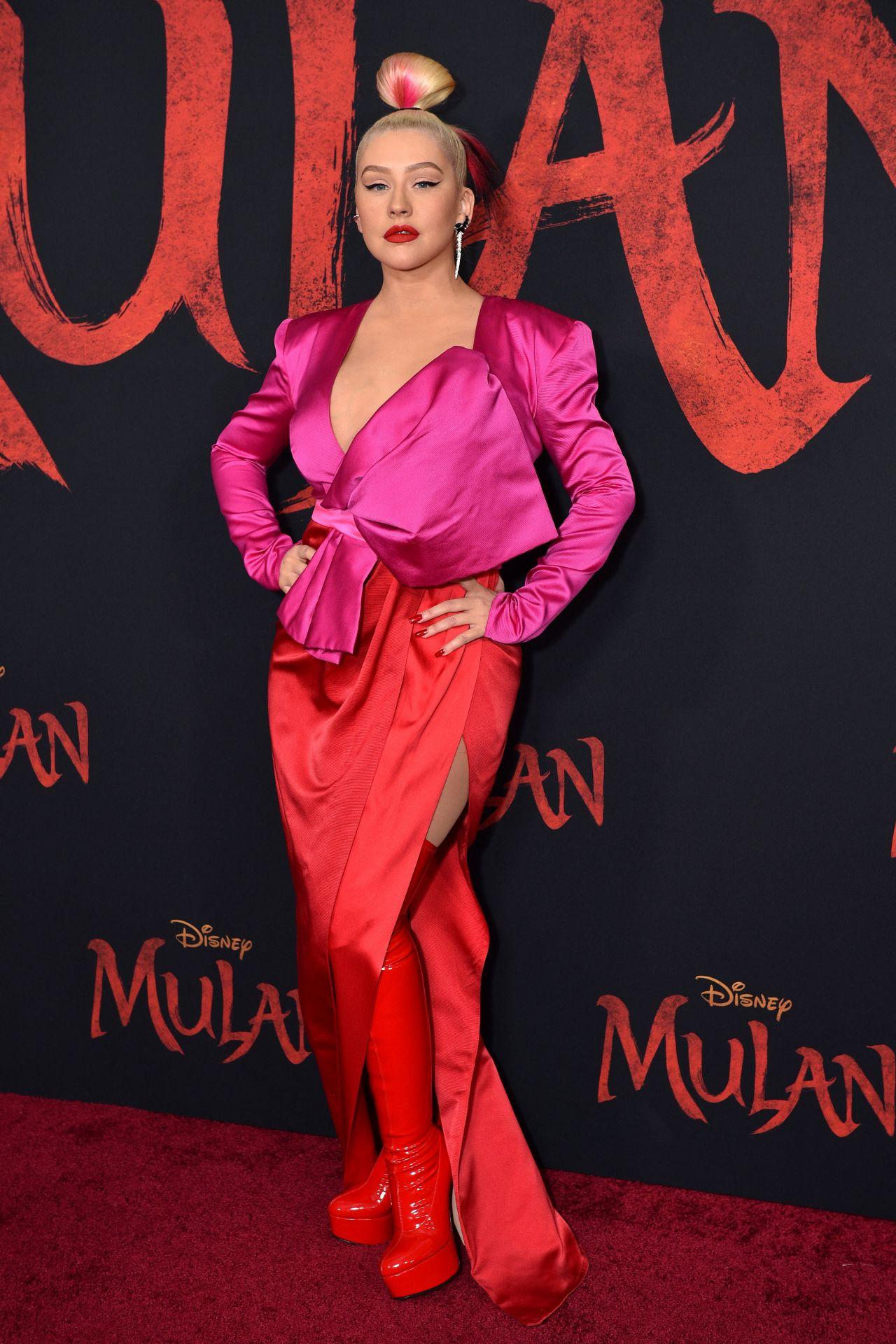 christina-aguilera-mulan-premiere-in-hollywood-0