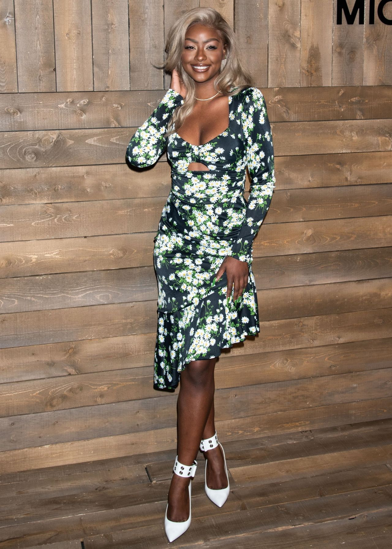 justine-skye-front-row-michael-kors-collection-fall-2020