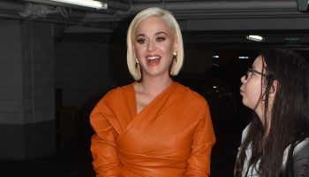 katy-perry-in-bottega-veneta-out-in-melbourne
