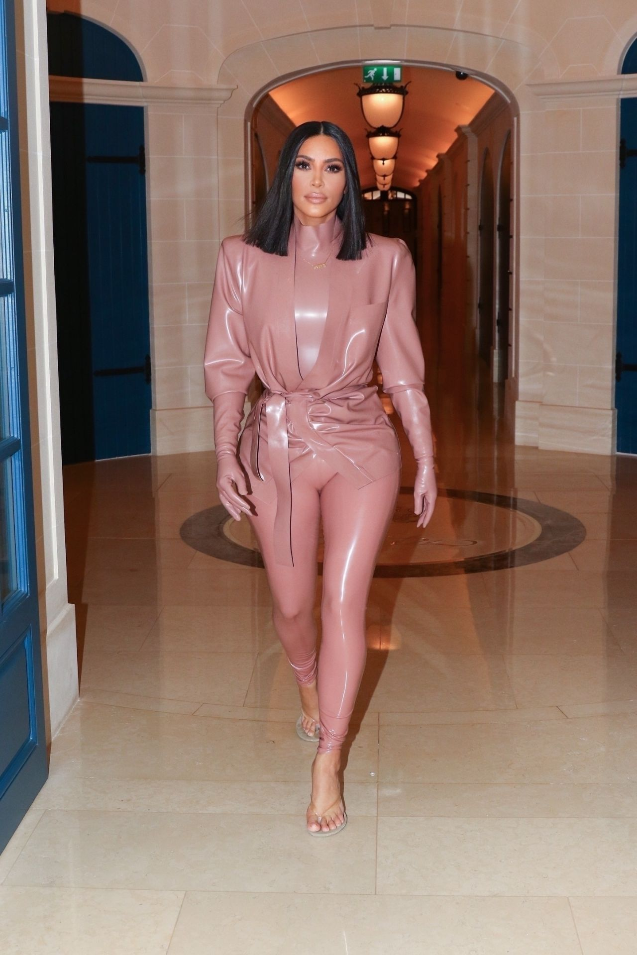 kim-kardashian-in-balmain-latex-outfit-out-in-paris