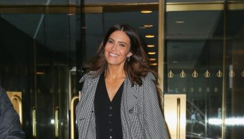 mandy-moore-in-saint-laurent-vest-out-in-new-york