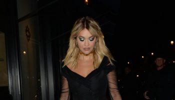 rita-ora-in-roberto-cavalli-out-in-paris