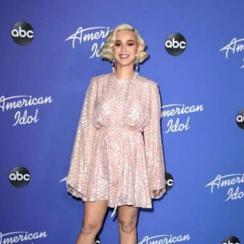 katy-perry-in-stella-mccartney-american-idol-at-the-hollywood-roosevelt-in-los-angeles