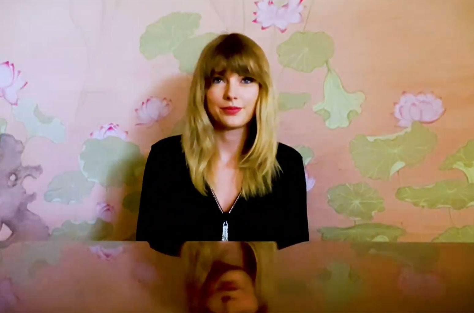 taylor-swift-performed-soon-youll-get-better-one-world-together-at-home-concert