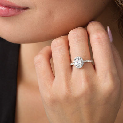 advancing-the-relationship-7-engagement-ring-trends-for-2020