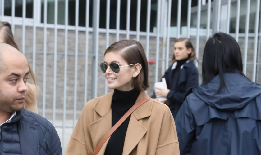kaia-gerber-in-oversized-coat-nanushka-out-in-paris