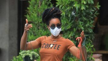 kelly-rowland-in-ripped-jeans-coffee-tee-shopping-for-house-plants-in-la