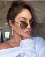 Vanessa Hudgens   Shares Instagram Pic 05/20/2020