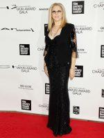 Barbra Streisand Helps George Floyd's Daughter Gianna, 6, Become a Disney Shareholder