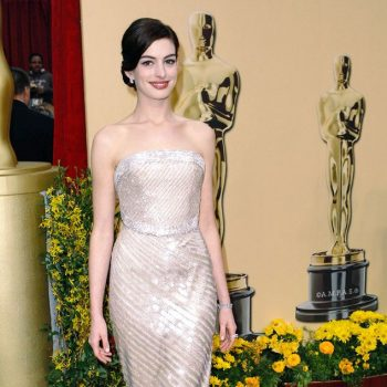 anne-hathaway-shares-message-following-george-floyds-death