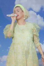 Katy Perry Performs Wearing Simone Rocha On  Good Morning America