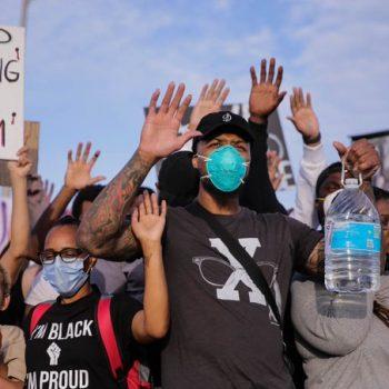 damian-lillard-joined-black-lives-matter-protest-in-portland