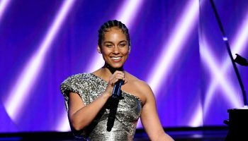 alicia-keys-delivers-speech-to-youtubes-dear-class-of-2020