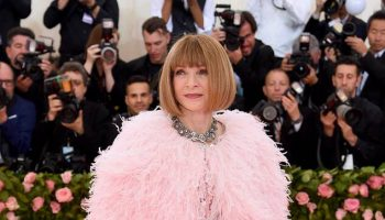 anna-wintour-apologizes-for-hurtful-intolerant-mistakes
