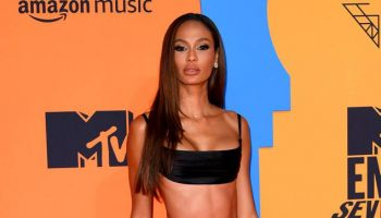joan-smalls-calls-racism-discrimination-in-the-fashion-industry