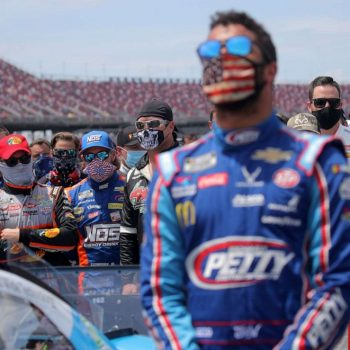 nascar-drivers-stand-with-bubba-wallace