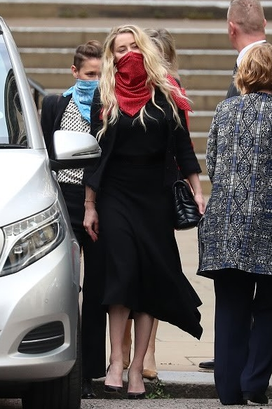 amber-heard-arriving-royal-courts-of-justice-in-london-july-23-2020