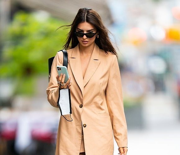 emily-ratajkowski-new-york-city-july-24-2020
