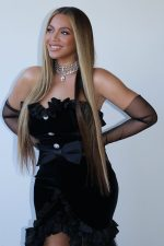Beyonce In Alessandra Rich Choker  @ The 2020 BET Awards