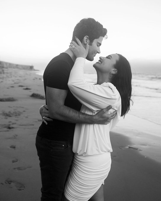 demi-lovato-is-now-engaged-to-boyfriend-max-ehrich