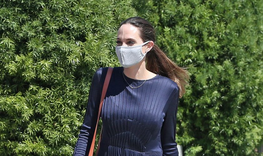 angelina-jolie-spotted-out-shopping-in-los-angeles-07-11-2020