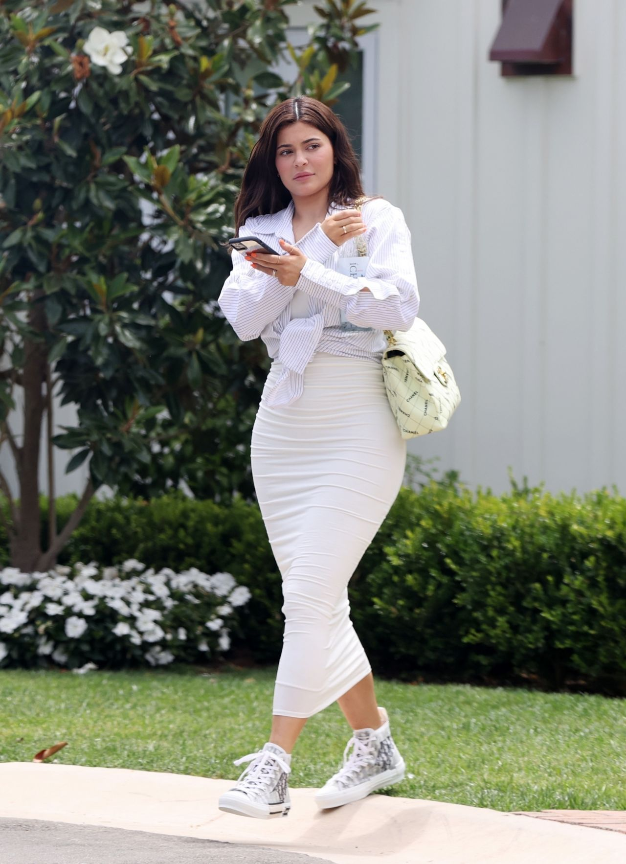 Kylie Jenner Fashion Style Laguna Beach July 19 2020 Fashionsizzle