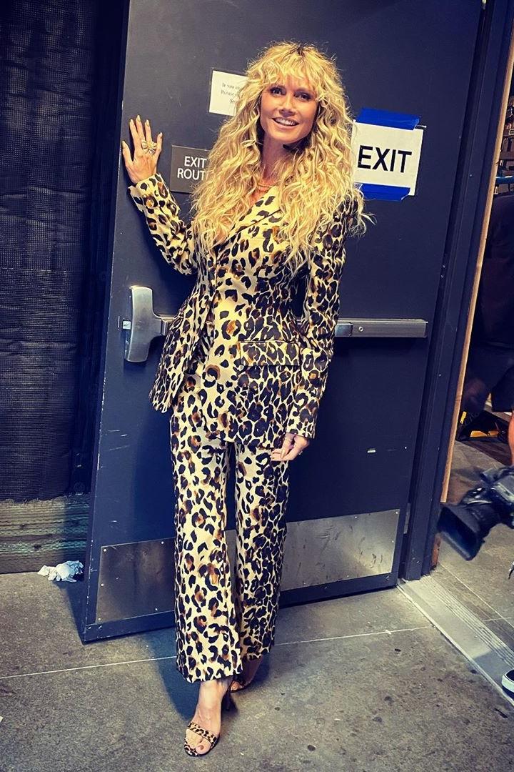 heidi-klum-in-leopard-print-suit-americas-got-talent-august-19-2020
