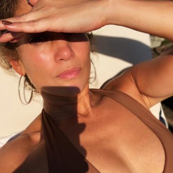 jennifer-lopez-in-swimwear-instagram-august-14-2020