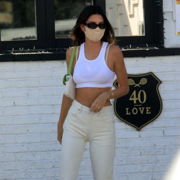 kendall-jenner-in-crop-top-high-waisted-pants-august-13-2020