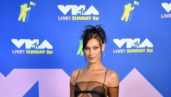 bella-hadid-in-nensi-dojaka-the-2020-mtv-video-music-awards