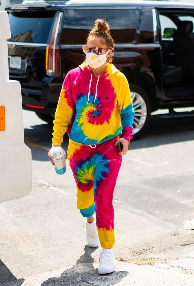 jennifer-lopez-in-polo-ralph-lauren-tie-dye-outfit-out-in-los-angeles