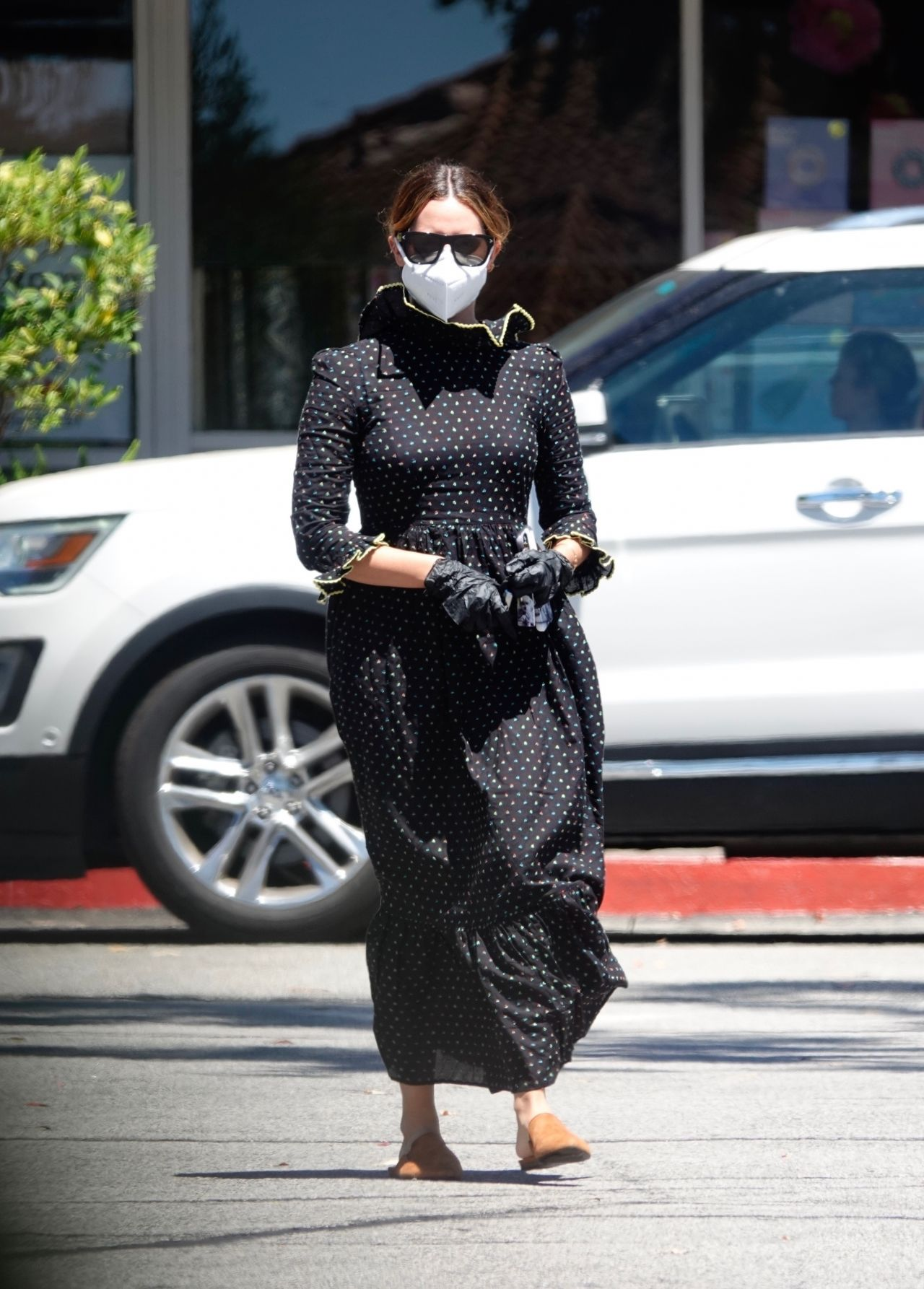 ashley-tisdale-in-doen-dress-out-in-los-angeles-august-11-2020