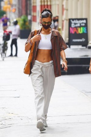 bella-hadid-out-in-new-york-city-august-12-2020