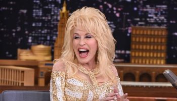 dolly-parton-voices-support-for-black-lives-matter-in-billboard-interview