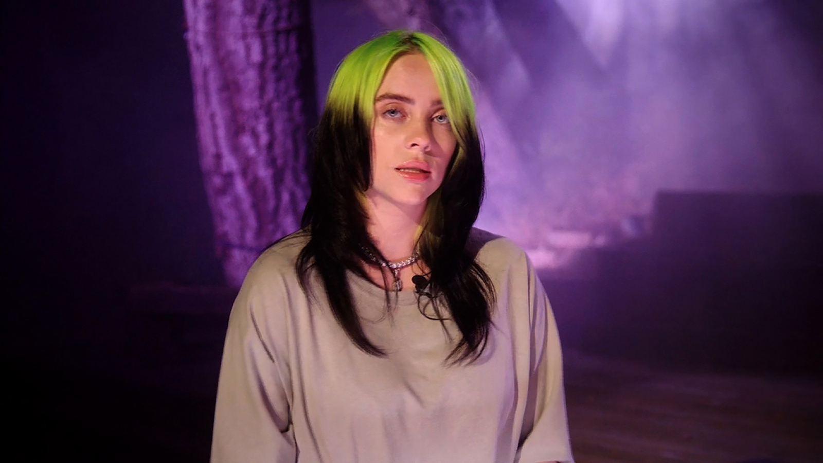 billie-eilish-urges-americans-to-vote-like-our-lives-the-world-depend-on-it