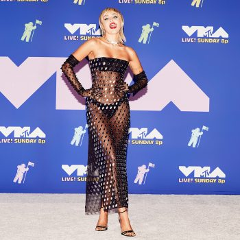 miley-cyrus-in-mugler-mtv-video-music-awards-2020