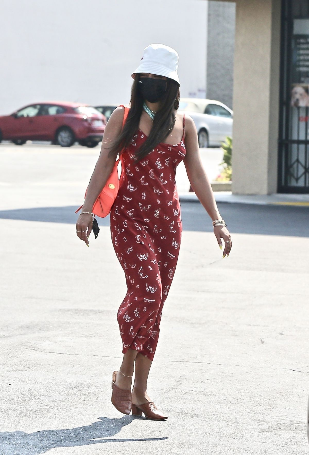 vanessa-hudgens-in-floral-print-dress-out-in-studio-city-august-22-2020