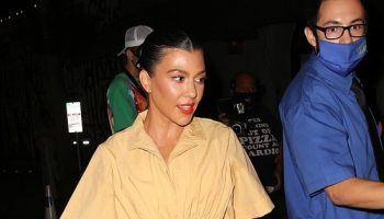 kourtney-kardashian-in-khaki-romper-craigs-september-15-2020
