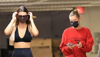 kendall-jenner-with-hailey-bieber-out-whole-foods-in-los-angeles-september-7-2020