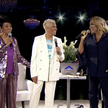 dionne-warwick-makes-surprise-appearance-patti-labelle-gladys-knight-verzuz-battle