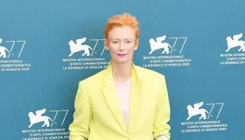 tilda-swinton-in-haider-ackermann-the-human-voice-venice-film-festival-photocall