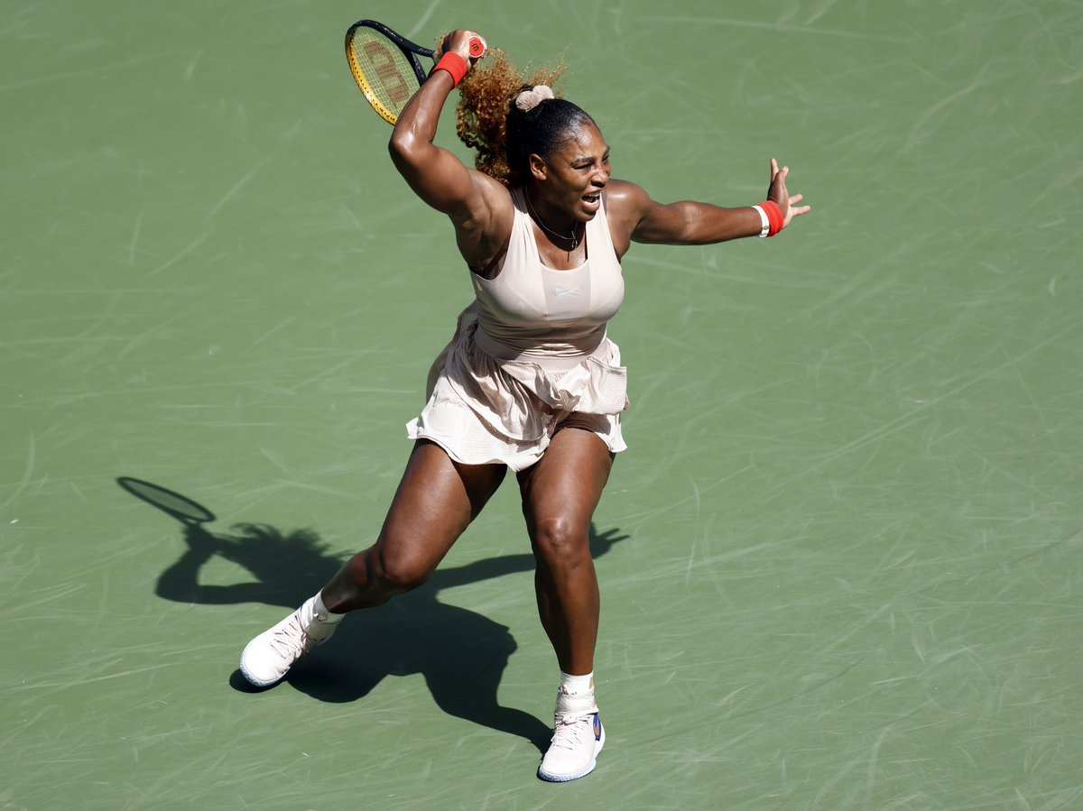 serena-williams-becomes-the-first-male-or-female-to-win-100-matches-in-arthur-ashe-stadium