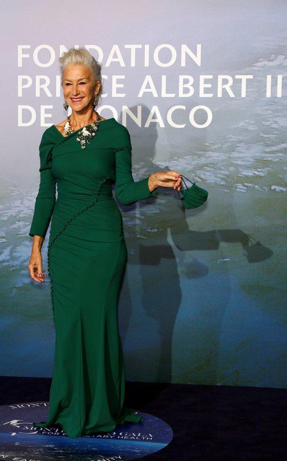 helen-mirren-in-dolce-gabbana-the-2020-monte-carlo-gala-for-planetary-health